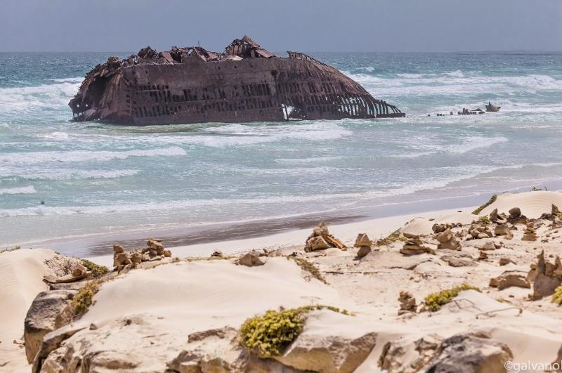 Boa Vista, Wrack am Strand